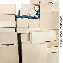 κουτί , αγόρι , κουτιά , κράτημα , κάθονται