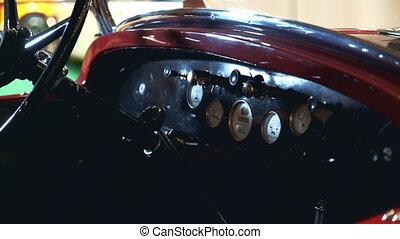 κρασί , άμαξα αυτοκίνητο. , πίνακας οργάνων , κόκκινο , κατάλογος ένορκων