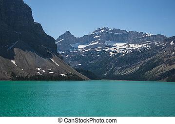 λίμνη , ανάμεσα , βουνά , banff δημόσιος αγρός
