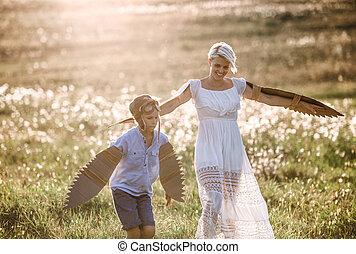 λιβάδι , nature., νέος , υιόs , μητέρα , μικρό , παίξιμο