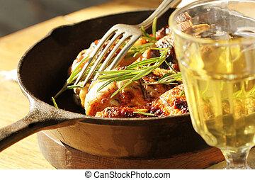 μεταλλικό σκεύος μαγειρέματος , γάμπα , κοτόπουλο , ψητό στη σχάρα
