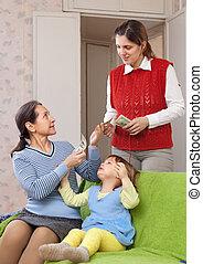 μητέρα , παιδαγωγός , hires