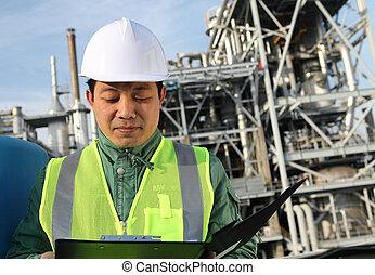 μηχανικόs , διυλιστήριο πετρελαίου