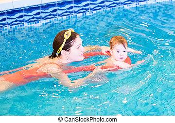 μικρός , νέος , μητέρα , βρέφος αποδέχομαι να μοιρασθώ , κολύμπι