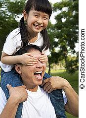 μικρός , πατέραs , κορίτσι , αυτήν , ευτυχισμένος