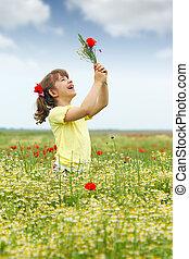 μικρός , wildflowers , λιβάδι , κορίτσι , ευτυχισμένος