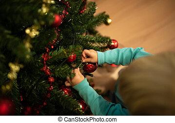 μικρό αγόρι , βάφω διακοπές χριστουγέννων αγχόνη
