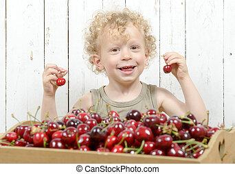 μικρό , αγόρι , κεράσια , παίξιμο , ξανθή