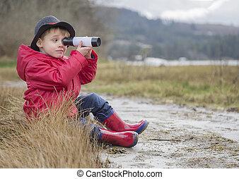 μικρό , αγόρι , παραλία , τηλεσκόπιο