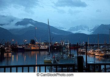 μικρό , βουνό , λιμάνι