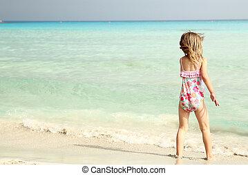 μικρό , παραλία , παίξιμο , παιδί