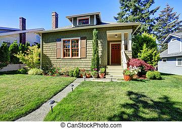 μικρό , πράσινο , αμερικανός , τεχνίτης , σπίτι , exterior.