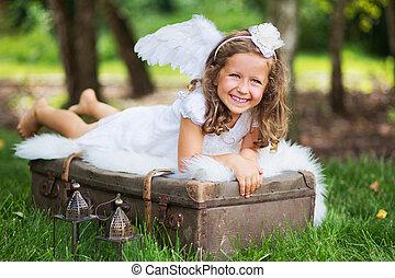 μικρό , χαριτωμένος , βαλίτσα , άγγελος , ακινησία