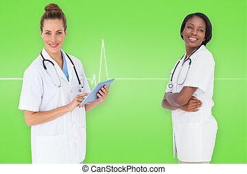 μικτός άγαλμα , από , χαμογελαστά , γυναίκα , ιατρικός εργάζομαι αρμονικά με