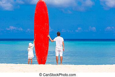 μπαμπάς , καλοκαίρι , μικρός , σανίδα του σερφ , διακοπές , νέος , κατά την διάρκεια , κορίτσι