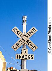 μπλε , διάβαση , σιδηρόδρομος , ουρανόs , σήμα