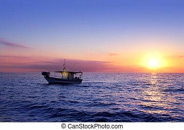 μπλε , θάλασσα , ανατολή , με , ήλιοs , μέσα , ορίζοντας
