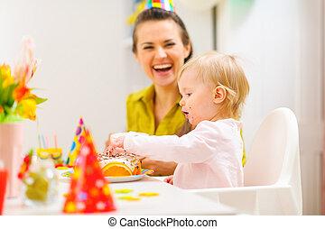 μωρό , γιορτάζω , 1 γενέθλια , με , μητέρα