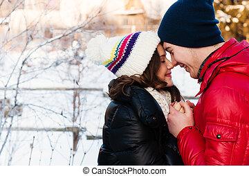 μόδα , αγάπη , χειμώναs , ζευγάρι , νέος , υπαίθριος , αισθησιακός , φιλί , πορτραίτο , κρύο , wather.