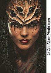 νέα γυναίκα , με , αράχνη , σώμα αριστοτεχνία , και , μάσκα