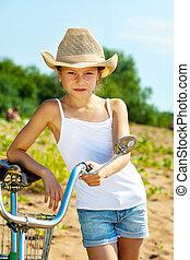νέος , ποδήλατο , διατυπώνω , φορώ , μοντέρνος , κορίτσι , ανέμελος