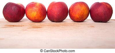νεκταρίνι , φρούτο