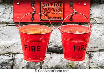 νερό , ή , άμμοs , φωτιά , εξαλείφω , γέμισα , πυρ , κουβάδες , μεταχειρισμένος , εμποδίζω