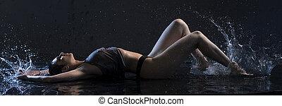 νερό , μελαχροινή , κάτω από , σκοτάδι , φανελάκι , ελκυστικός προς το αντίθετον φύλον