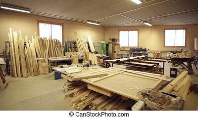 ξυλουργόs , συνεργείο , εργαλεία