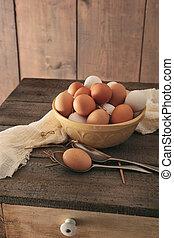 ξύλινος , αγροτικός , αυγά , φρέσκος , τραπέζι