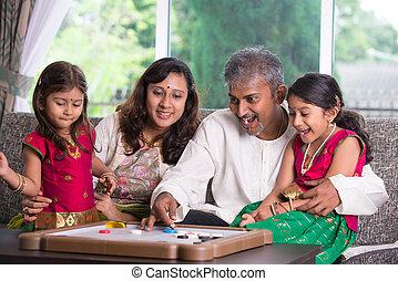 οικογένεια , εσωτερικός , ινδός , ώρα , σπίτι , απολαμβάνω , ποιότητα , ευτυχισμένος