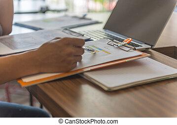 οικονομικός , γραφείο , έλεγχος , αριθμόs , χέρι , πένα , άντραs