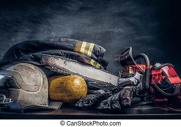 οξυγόνο , balon, ενδυμασία , chainsaw , ασφάλεια , τραπέζι