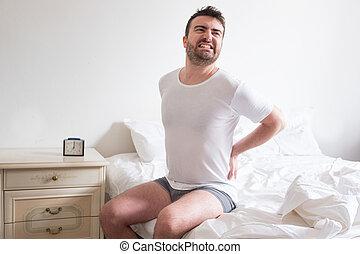 οσφυαλγία , πόνος , άντραs , αφύπνιση , πρωί