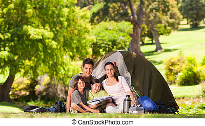 πάρκο , κατασκήνωση , οικογένεια