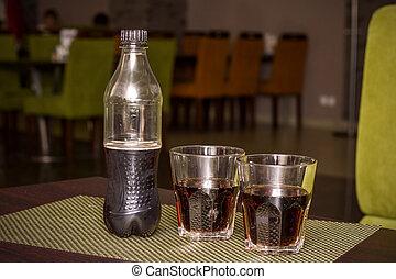 πίνω , δυο , μπουκάλι , γυαλιά