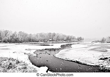 παγερός , λίμνη