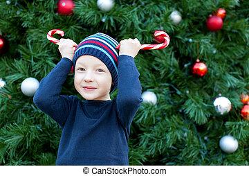 παιδί , διακοπές χριστουγέννων εποχή
