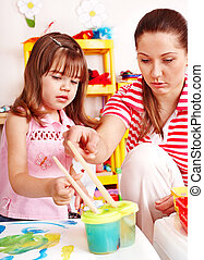 παιδί , με , δασκάλα , τραβώ , απεικονίζω , μέσα , παίζω , room.