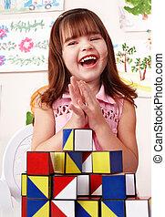 παιδί , με , εμποδίζω , και , δομή αναθέτω , μέσα , παίζω , room.