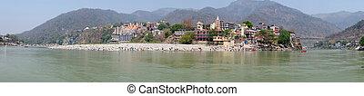 πανόραμα , από , ο , ποτάμι , ganga, κοντά , laxman, jhula, μέσα , ινδία