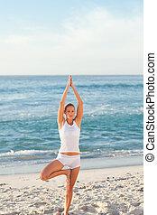 παραλία , άσκηση , γυναίκα , γιόγκα
