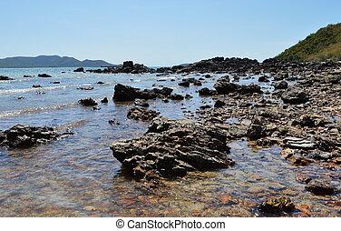 παραλία , ανέφελος εικοσιτετράωρο , ύφαλος