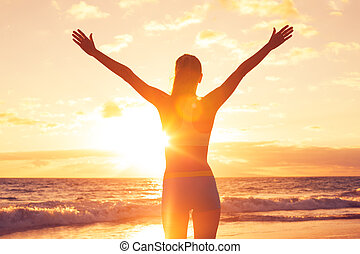 παραλία , γυναίκα , ηλιοβασίλεμα , ελεύθερος , ευτυχισμένος