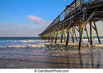 παραλία , μυρτιά , αποβάθρα