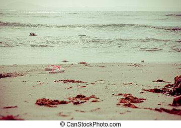 παραλία , παντόφλες