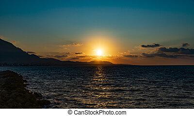 παραλία , camelot, φημισμένος , φόντο. , ηλιοβασίλεμα , πανόραμα , cyprus., seascape., όμορφος , sundown.