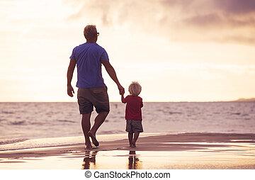 πατέραs , παραλία , υιόs , wallking