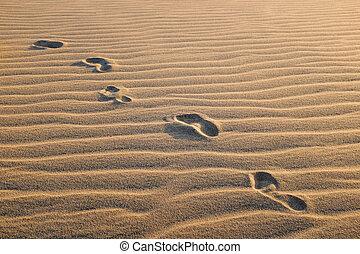 πατημασιά , άμμοs , dune.