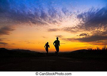 περίγραμμα , από , ζευγάρι , τρέξιμο